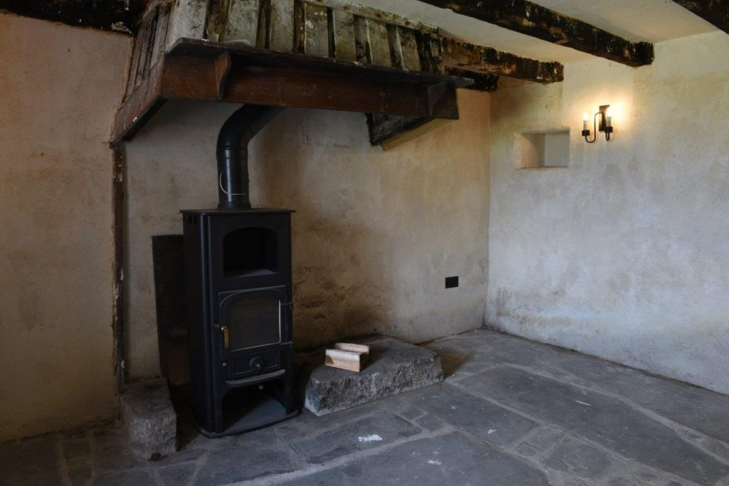 A room with a fireplace
